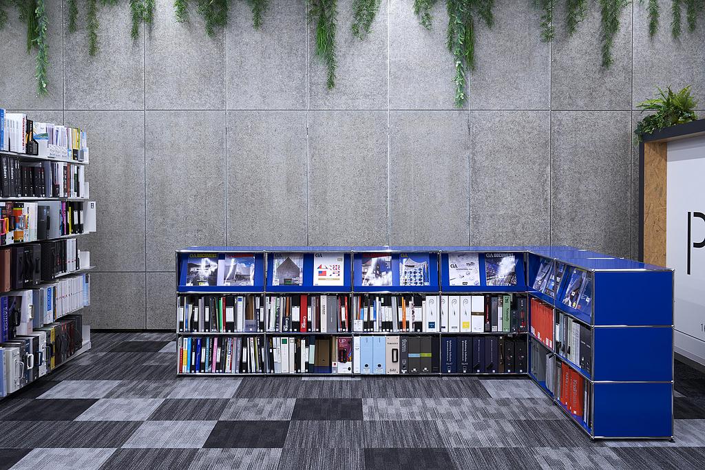 Display Shelving - Haller Storage