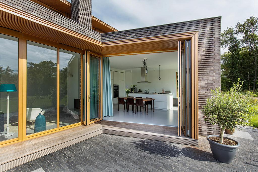 Bi-Folding Doors - Woodline