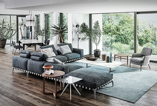 Flexform | Villa Aghe | Photo: Matteo Imbriani | Gregory Sofa & Gatsby Armchair