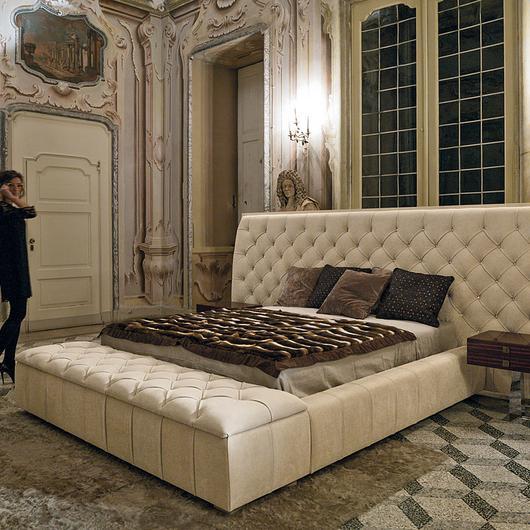 Bed - Napoleon