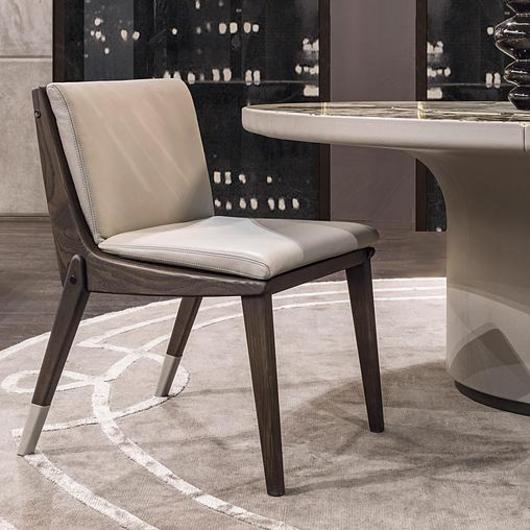 Chair - La / Longhi