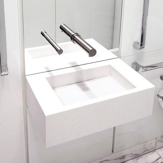 Contactless Washroom Fittings in Healthcare Projects / The Splash Lab