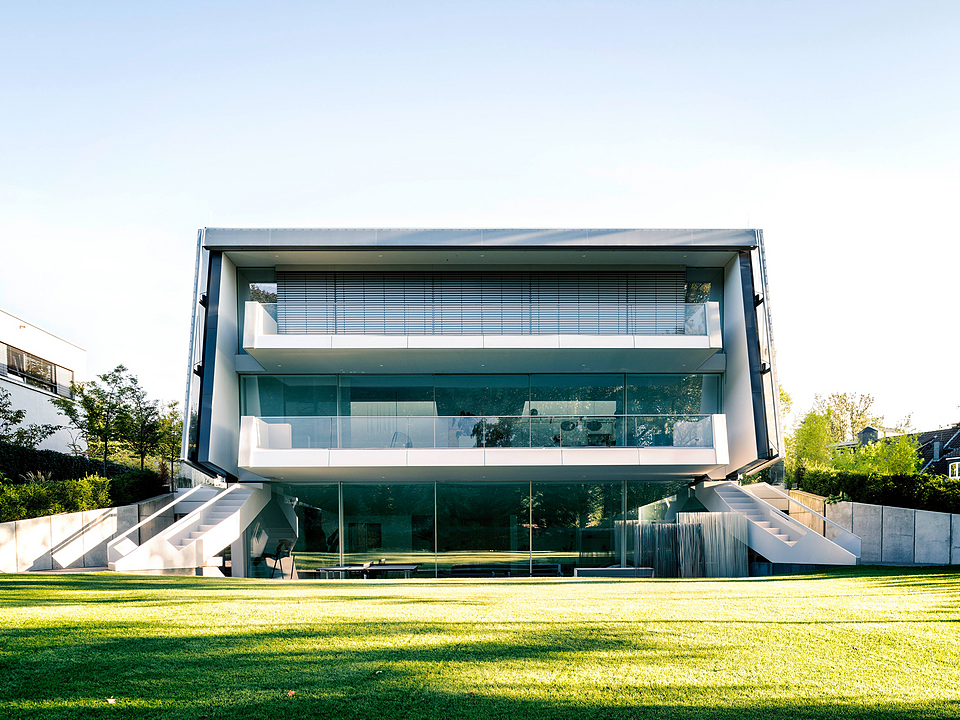 Electronic Windows in Villa Düsseldorf