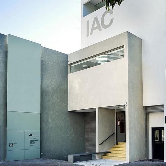 Textura acrílica Stone no Instituto de Arte Contemporânea