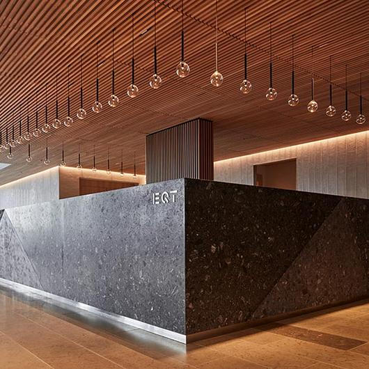 Slated Timber Ceiling in EQT Corporate Headquarters / Gustafs