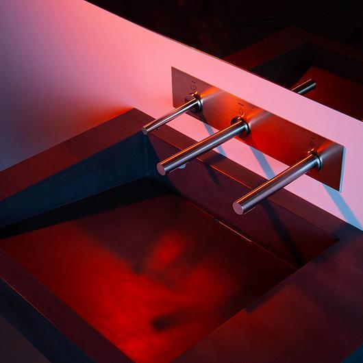 Divided Sink - Monolith D Series / The Splash Lab