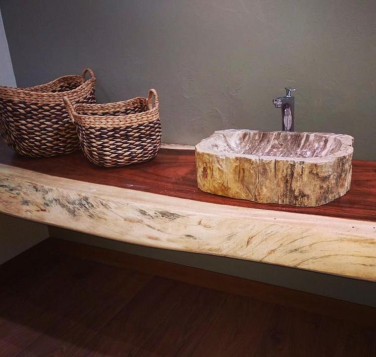 Ovalines de madera petrificada