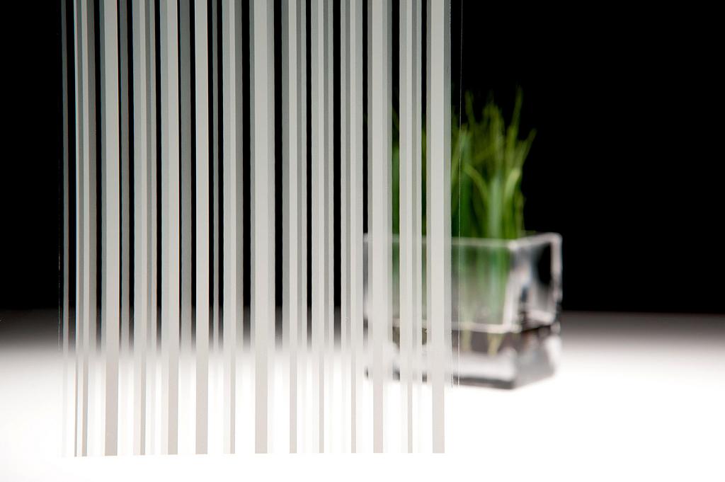 Glass Finish - FASARA™ Stripe
