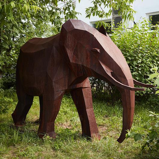 Sculptures Cor-ten / Punto Design