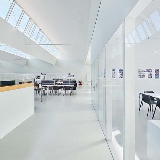 Modular Skylights in Atelier Zimmerlistrasse Office / VELUX Commercial