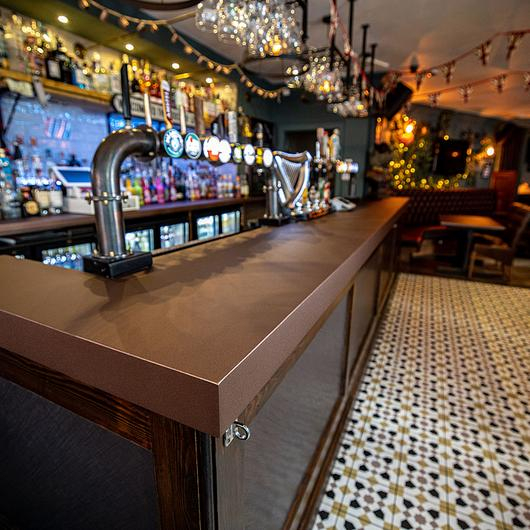 DI-NOC Architectural Finishes in Ned Ludd Public House / 3M
