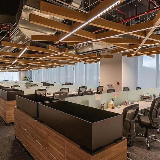 Sistema de iluminación inalámbrico Vive - Oficinas de Sekura / Lutron