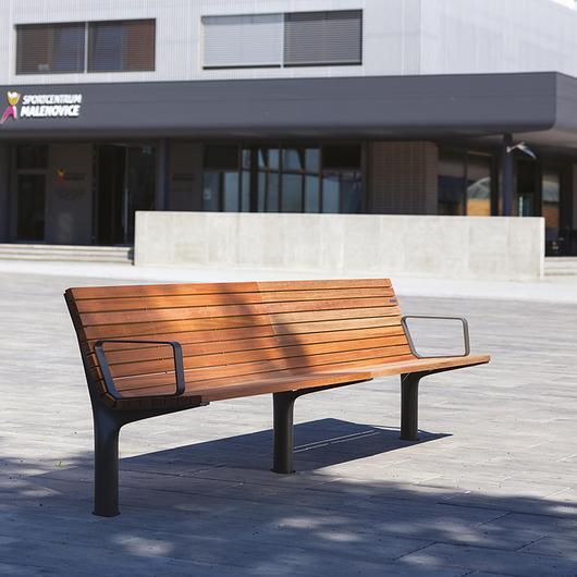 Park Bench - Vltau / mmcité