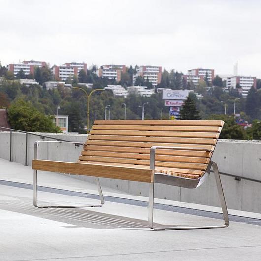 Park Bench - Preva Urbana / mmcité