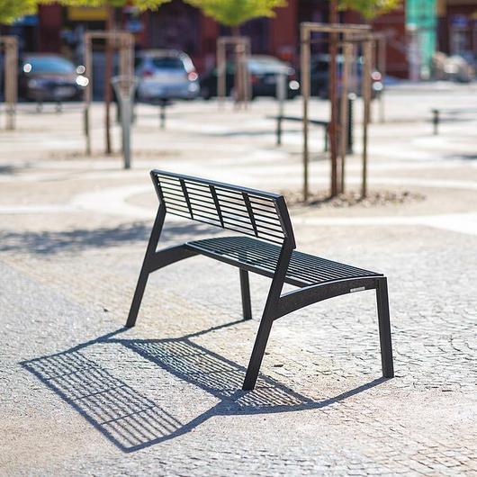 Park Bench - Vera / mmcité