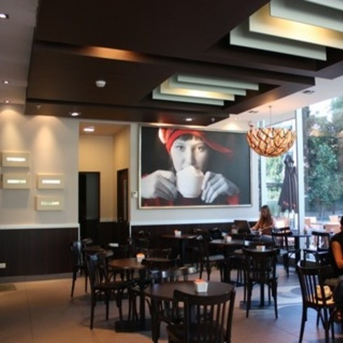 Tableros de Melamina en Cafeterías Tavelli / Masisa