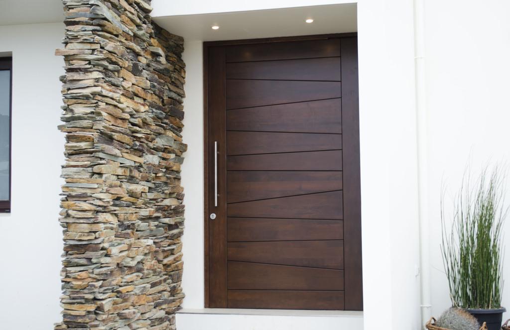 Puertas de madera para entrada principal puerta entrada for Precios de puertas de madera entrada principal