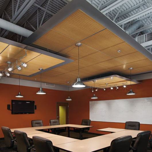 WoodWorks® Channeled Sistema de Plafón / Armstrong Ceilings
