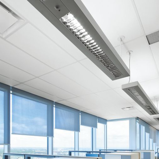 AXIOM® Bordes Perimetrales para Edificios / Armstrong Ceilings
