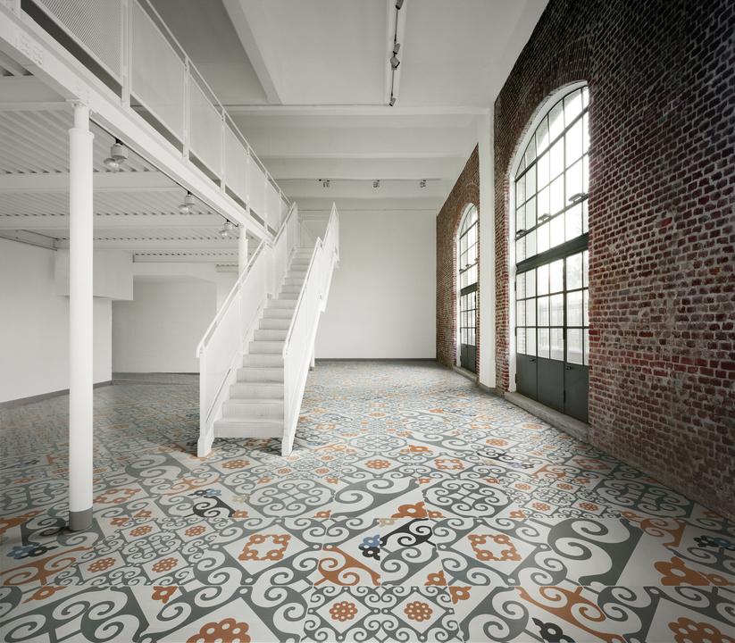 Porcelain Tiles - Frame Majolica Collection