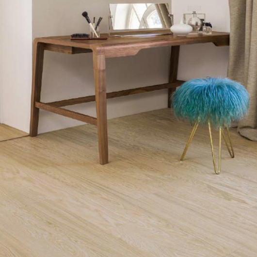 Piso Laminado Natural, Tablon premium 10,5mm / Kaindl