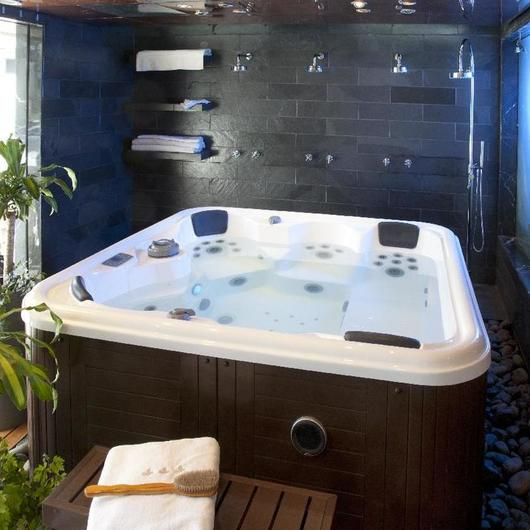 Baños de Agua / CHC