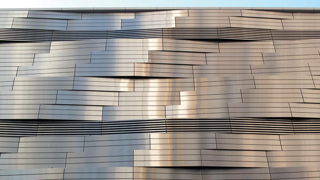Materiales compuestos de aluminio acabados m talicos de for Materiales para cubiertas exteriores