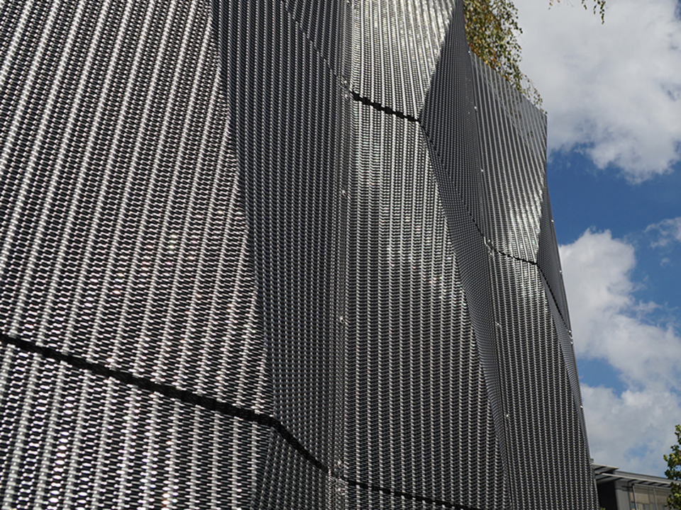 Architectural Wire Meshes - 3D Mesh Façade