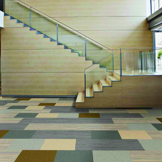 Carpete Modular Planks / Interface