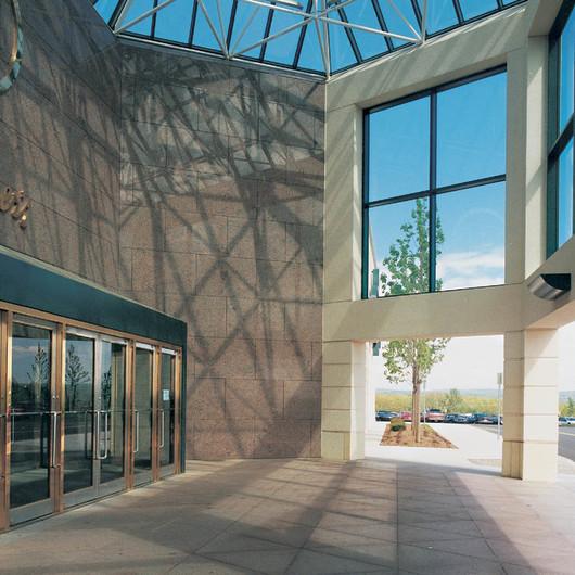 TruStile · Metallic Doors - Formed Stainless Steel Balanced Door & Doors / Partitions | ArchDaily