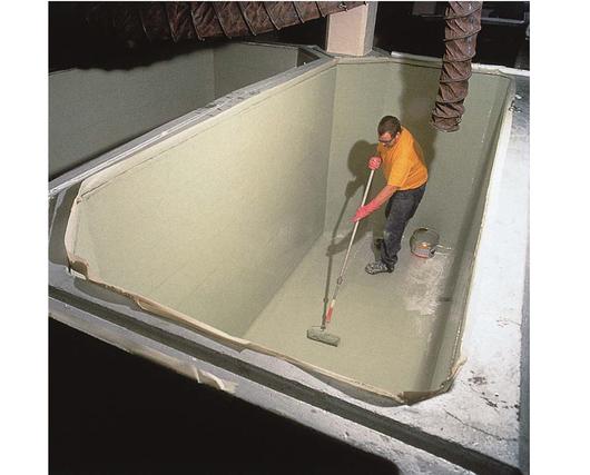 Aplicación de productos de impermeabilización de tanques -Sika