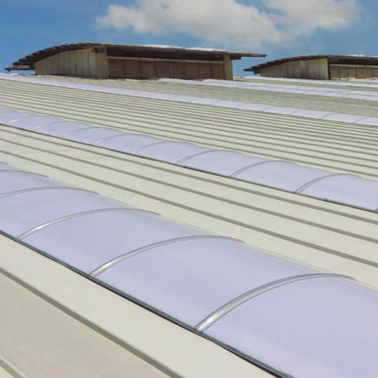 Sistema de policarbonato para franjas de iluminación Arkolux / Arkos