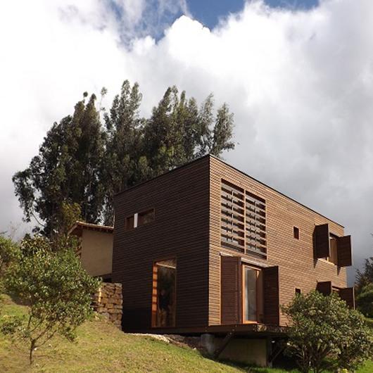 Madera Estructural en Casa Infinito / Arauco