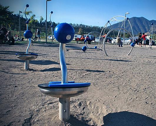 Aplicación de los juegos infantiles de Urban Design Berlín en el Parque Bicentenario en Vitacura - UrbanPlay