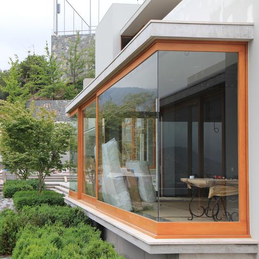 Ventanas de Madera Natural / European Windows