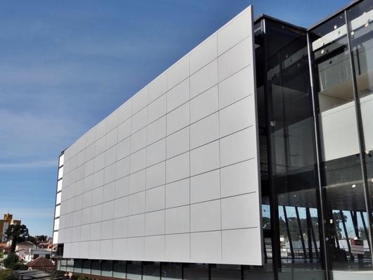 Aplicação do Sistema para fixação de fachadas SteelLayer®