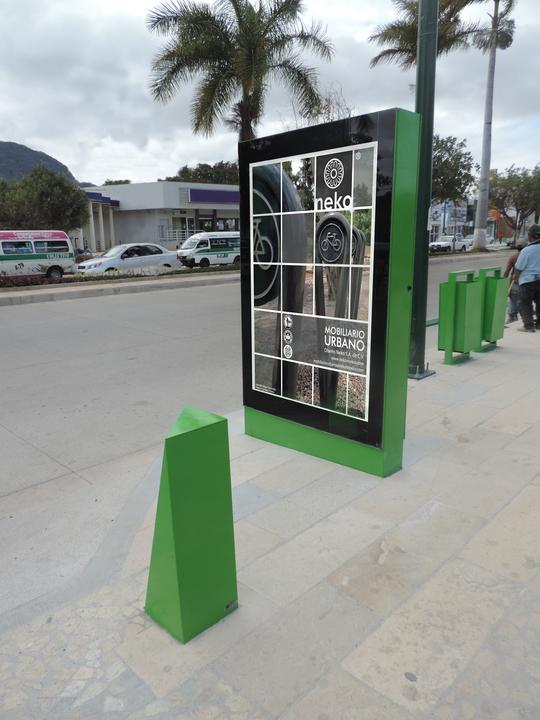 Equipamiento urbano de dise o neko for Equipamiento urbano arquitectura pdf