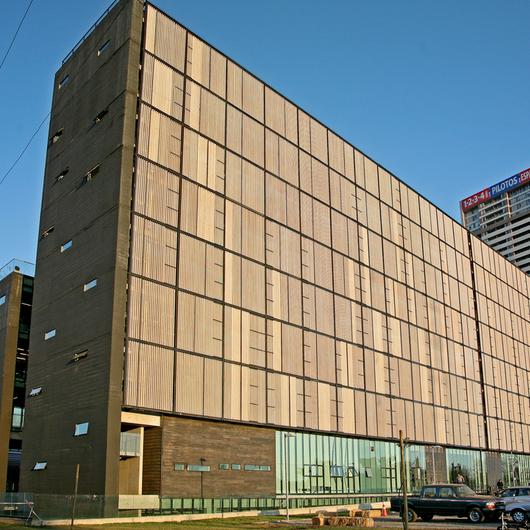 Edificio DUOC-UC en Campus San Joaquín