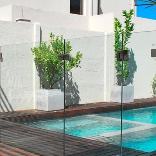 Cierres de piscina de agliati cristales - Cristales para piscinas ...