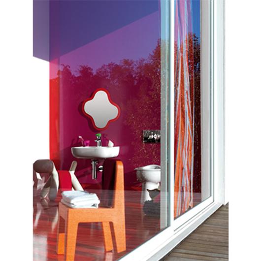 Línea Flora Kids - Laufen / Productos Arquitectonicos