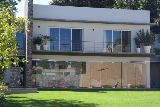 Cierre de Terraza, acceso a espacios exteriores.