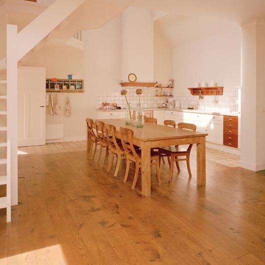 Muebles rusticos de Roble Frances / Nuprotec