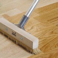 Pulido de pisos de madera, tratamientos de superficies