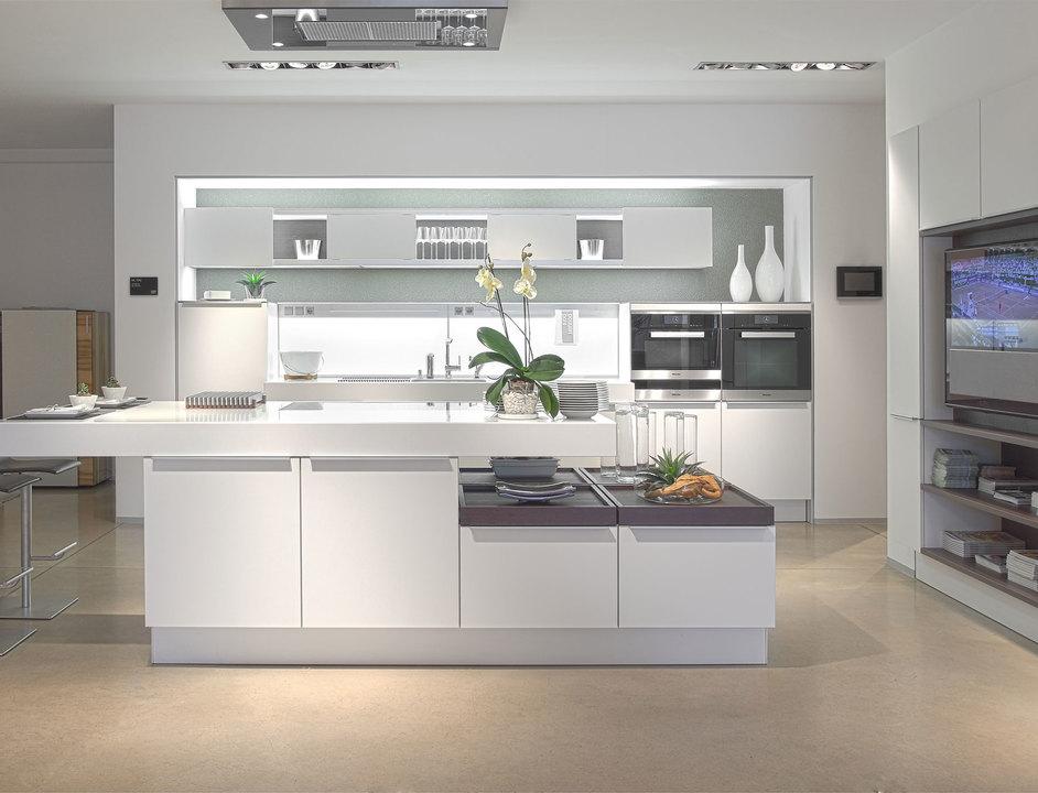 Cocinas plus modo poggenpohl de productos arquitectonicos for Productos de cocina