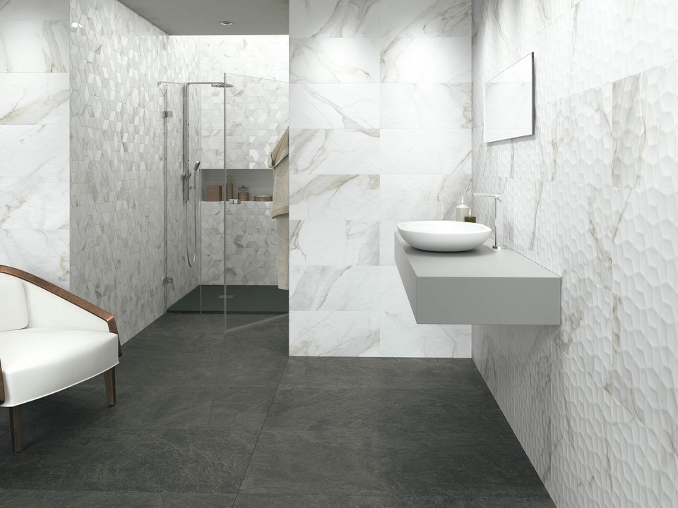 Porcelain Tiles - Calacata from Grespania