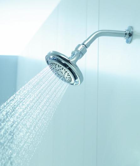 Ofrece cuatro diferentes sensaciones de ducha distintas en una misma  cebolleta  Koverage 53de976f165f