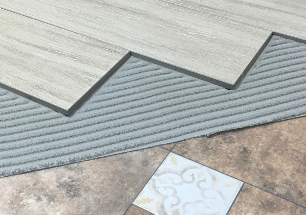 Adhesivo cer mica sobre cer mica de parex group - Adhesivo piso vinilico ...