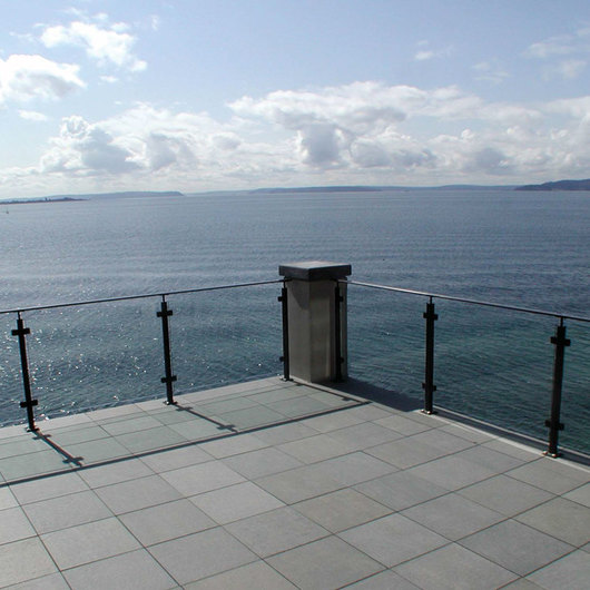 Stainless Steel Glass Railing - Glacier Flat Top Rail