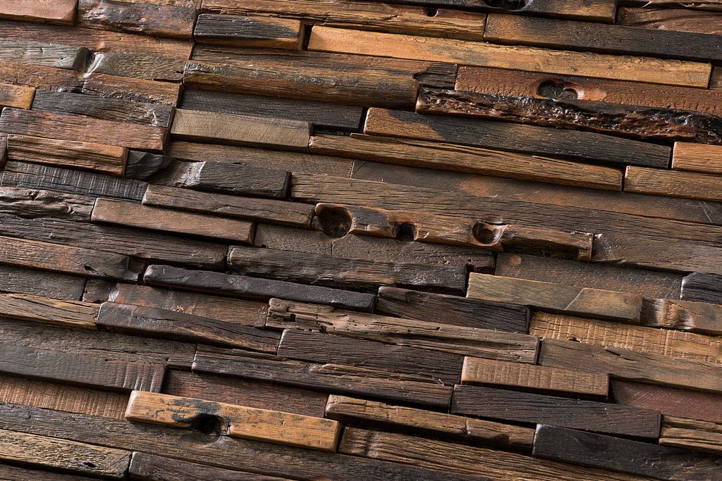 Revestimiento insertos de madera de chc for Revestimientos para exteriores