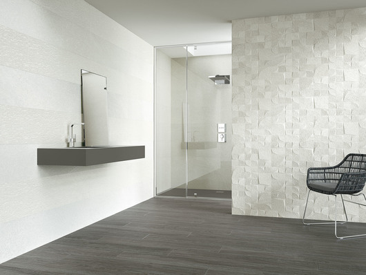 Reims blanco + Beziers + Narbonne. Floor tiles: Patagonia ebano